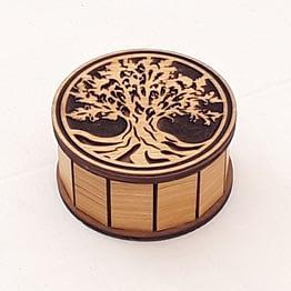 Gros plan sur la boite arbre de vie